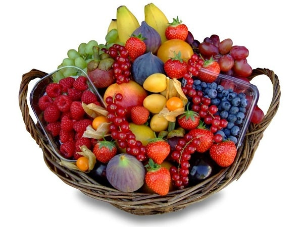 """Корзина с фруктами """"Ягодная"""""""
