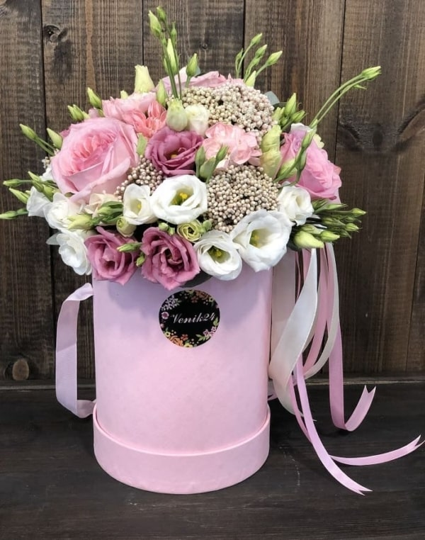 """Цветы в коробке """"Розовые Мечты"""""""