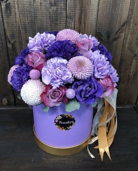 """Цветы в коробке """"Фиолетовое наслаждение"""""""