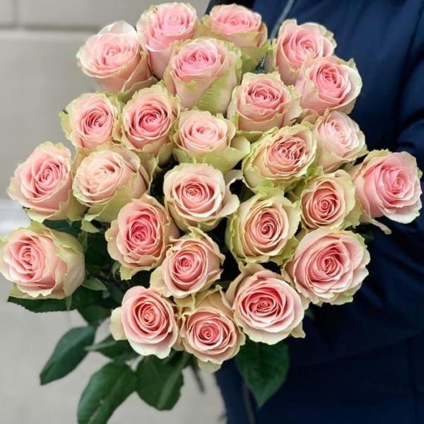 """Букет """"25 Роз Frutteto"""""""