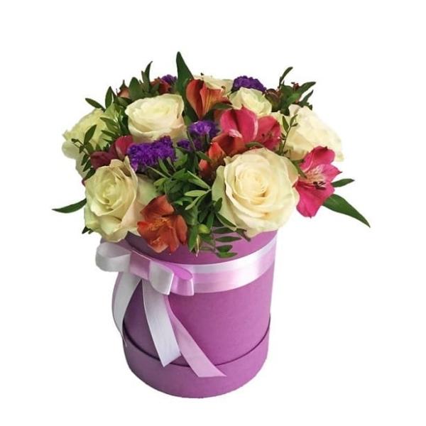 """Цветы в коробке """"Милая Моя"""""""
