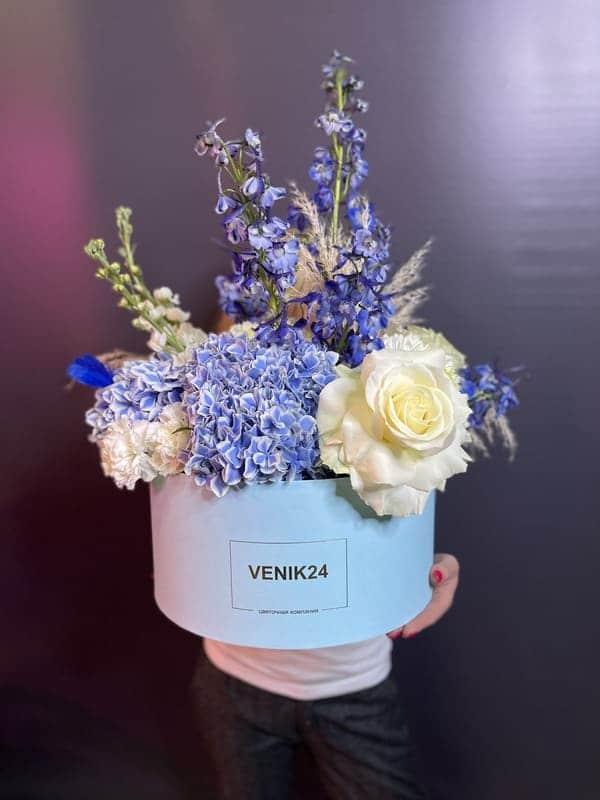 """Цветы в коробке Premium """"Голубое небо"""""""