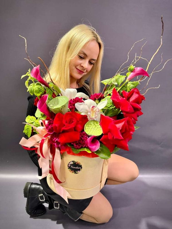 "Цветы в коробке ""Вамп"""