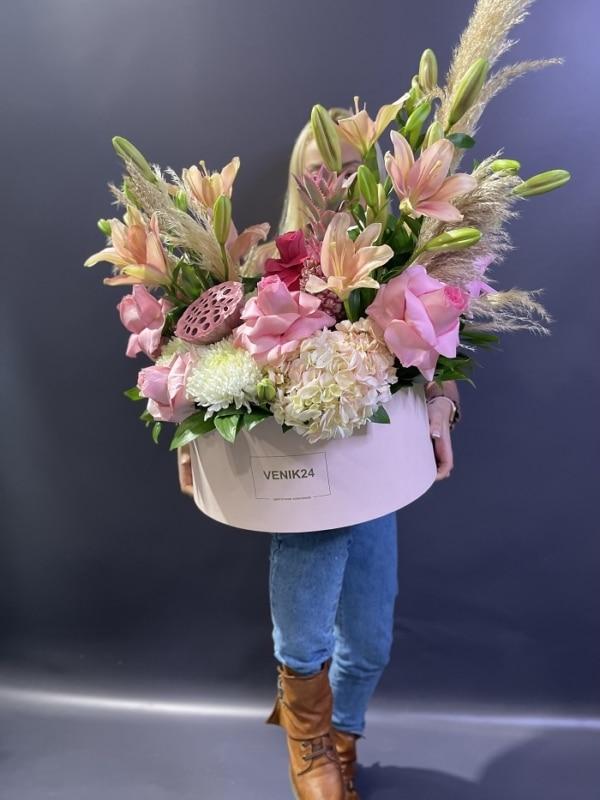 """Цветы в коробке Premium """"Цветочный рай"""""""